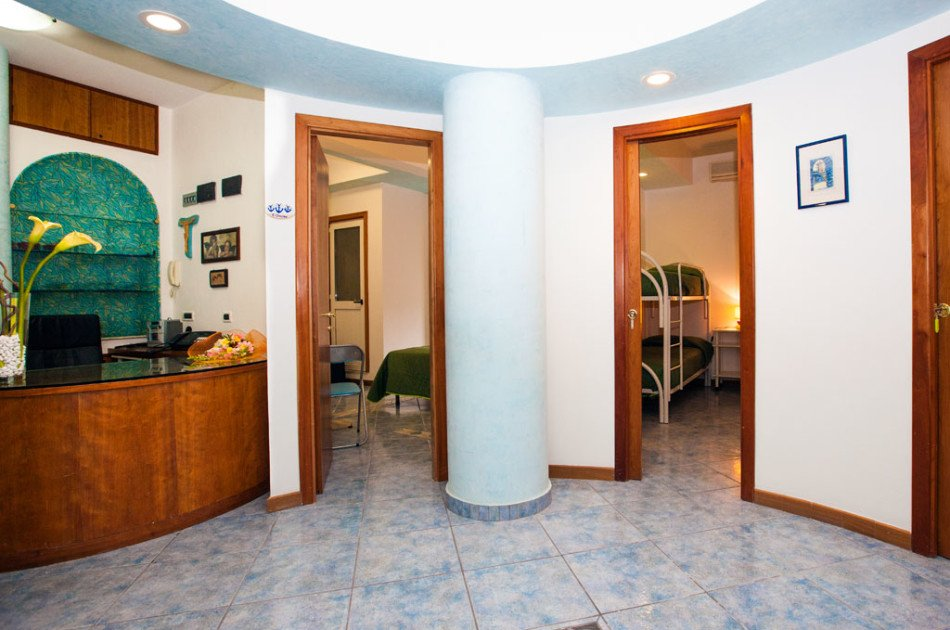 Bed & Breakfast La Brezza Ischia, Albergo Bed & Breakfast La Brezza Ischia